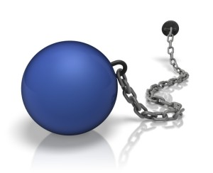 chained_weight_ball_colored_800_10296